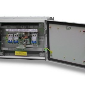 Riello Maintenance Bypass Switch 3 phase to 1 phase 32Amp